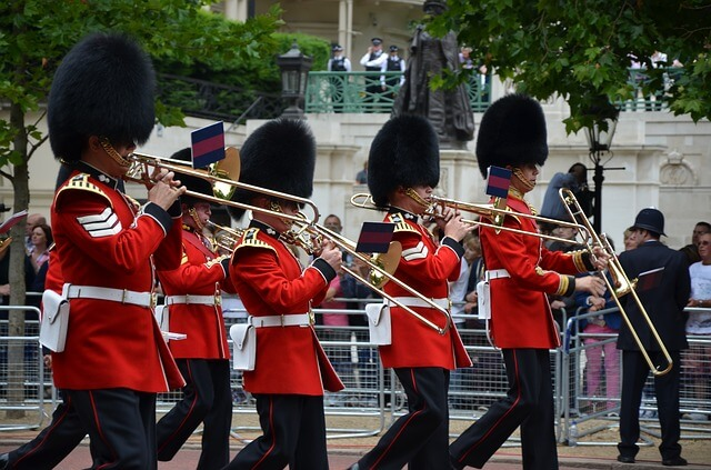 marching band guards