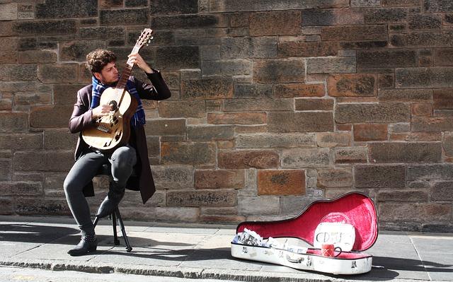 Steet musician