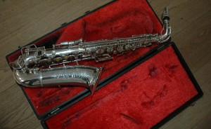 Helpful & Practical Tips for Beginner Saxophone Players – You Must Know!